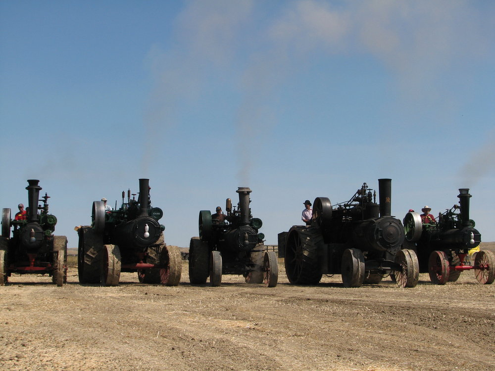 STEAM ENGINE RACES