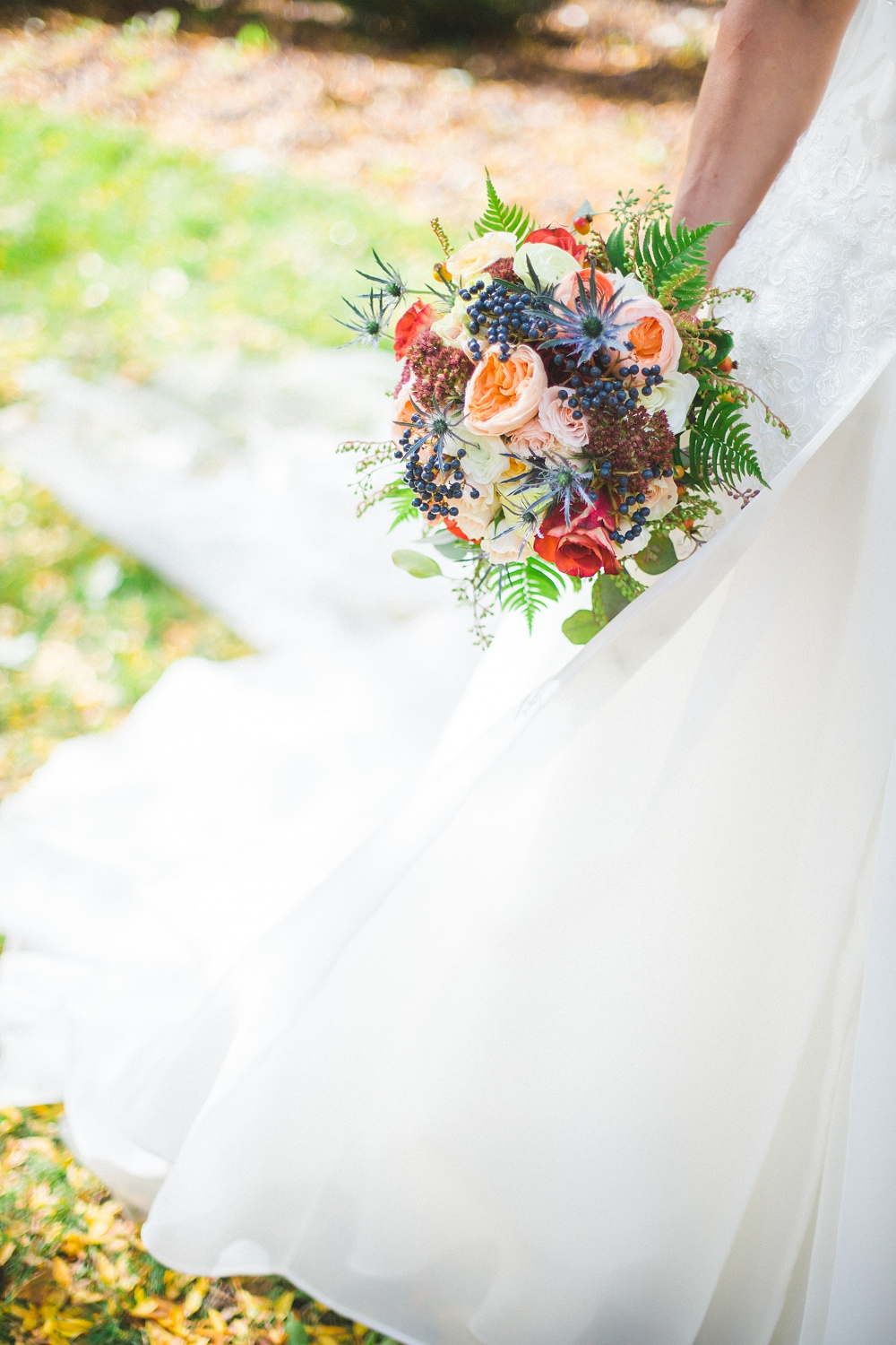 Rochelle Louise Photography, floral design, Minneapolis wedding photographer, wedding flowers, wedding bouquet