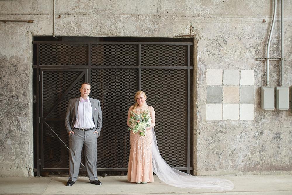 modern blush wedding, Modern Minneapolis Wedding, Mill City Museum wedding, Minneapolis wedding photographer, Rochelle Louise Photography, Adrianna Papell, blush wedding