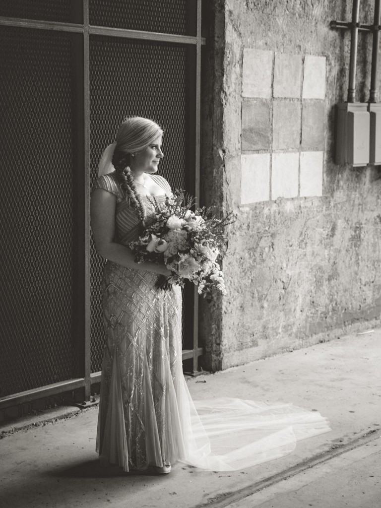 modern blush wedding, bridal portrait, black and white bridal,Modern Minneapolis Wedding, Mill City Museum wedding, Minneapolis wedding photographer, Rochelle Louise Photography, Adrianna Papell, blush wedding