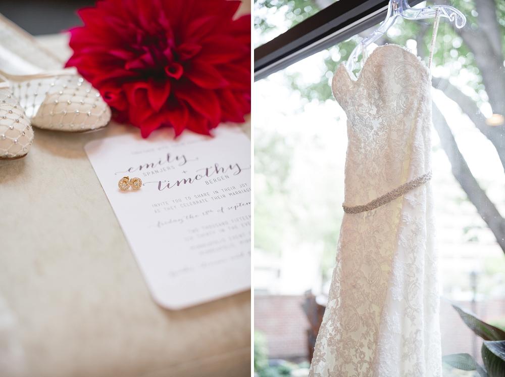 Rochelle Louise Photographer, marsala wedding, fall wedding, outdoor wedding, Minnesota wedding photographer, Minneapolis wedding photographer