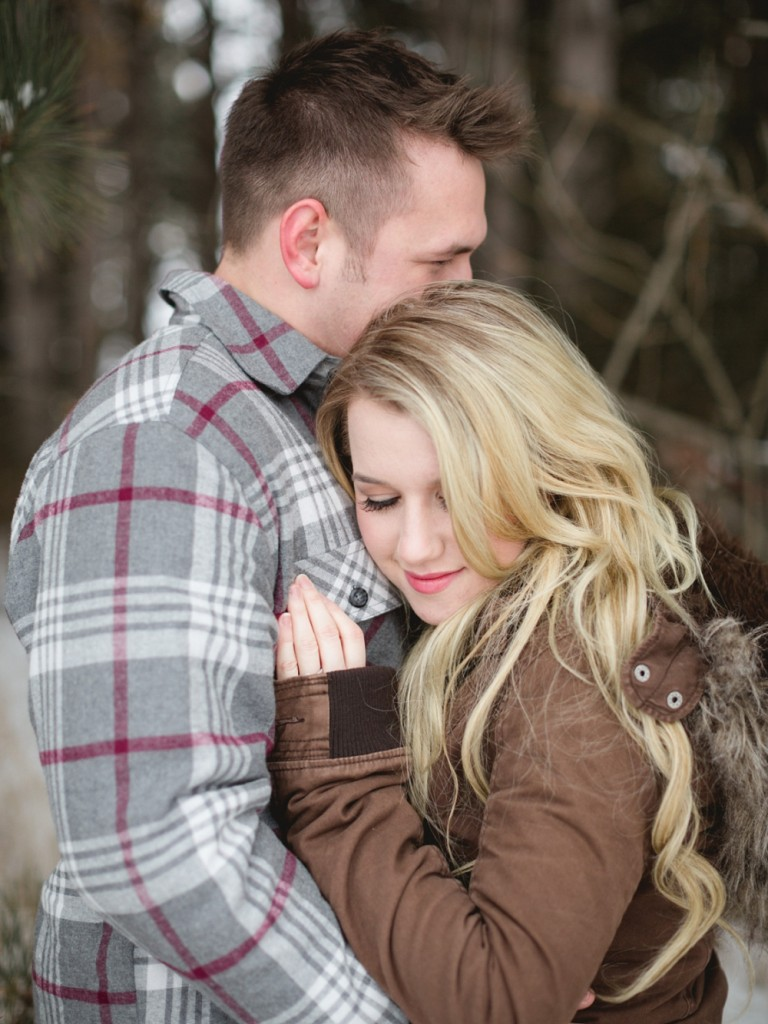 Rochelle Louise Photography, Minneapolis wedding photographer, winter engagement session, snow engagement session, mountain engagement session