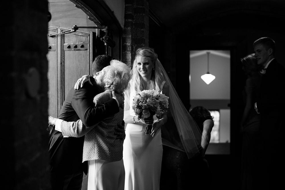 Rochelle Louise Photography, Weisman Art Museum wedding, Weisman wedding, Weisman Museum wedding, Minneapolis wedding, Minneapolis wedding photographer, modern wedding, green wedding, black tux, a & be bridal