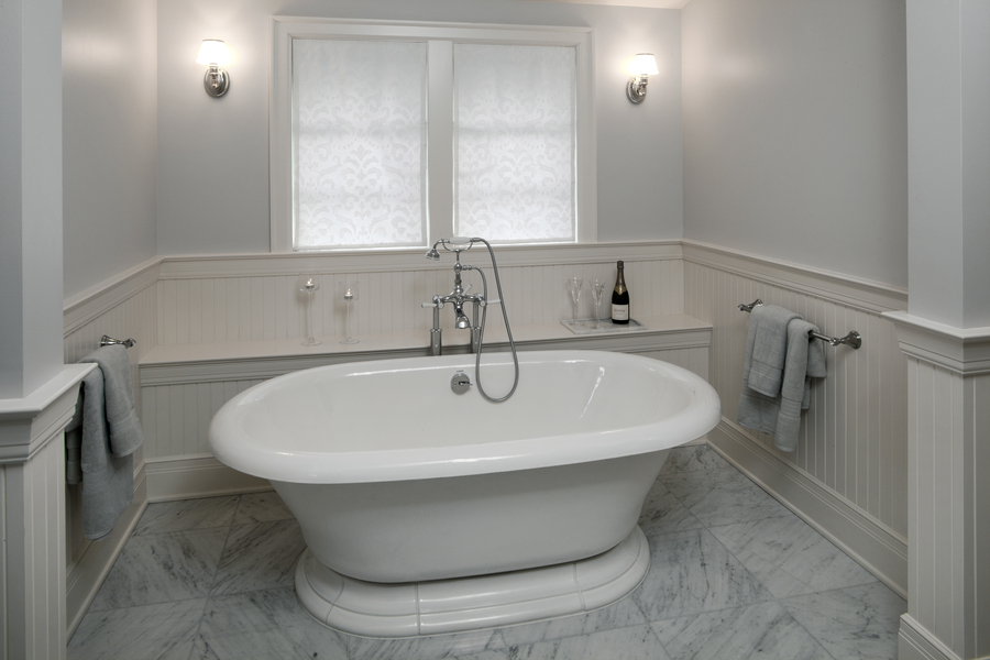 Bath_3_large.jpg