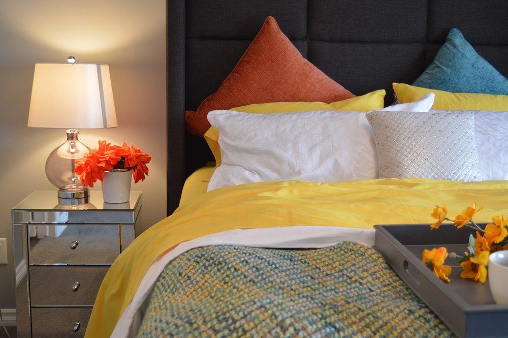 bed-1158267_1280.jpg