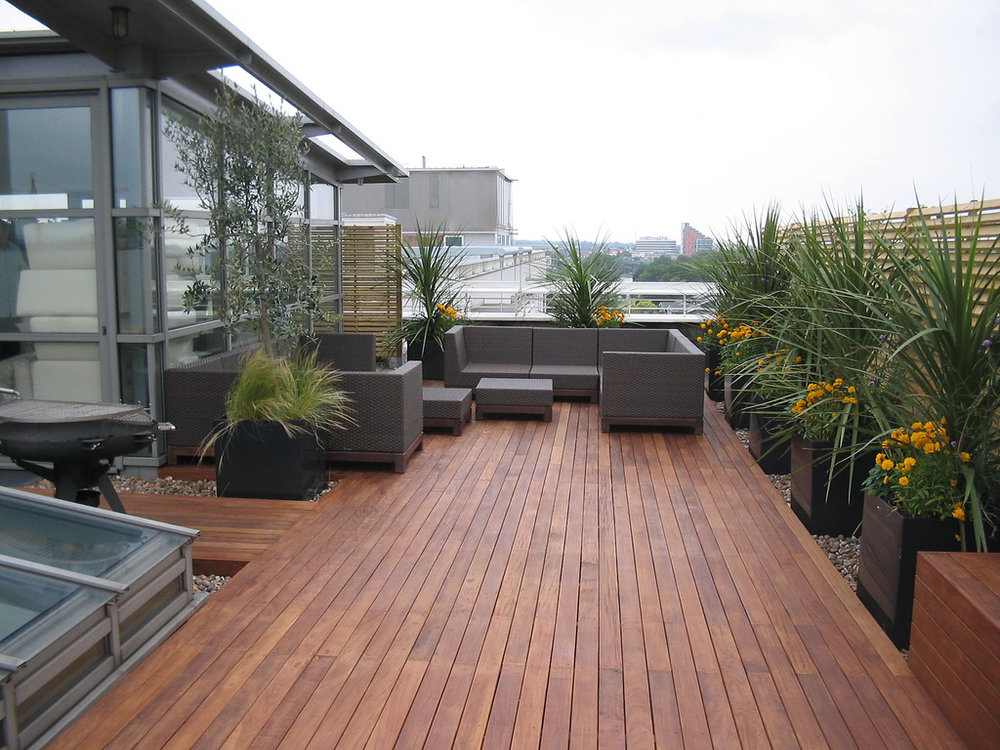 cool-deck-decorating-ideas.jpg