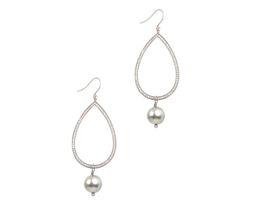 drop+earrings.jpg