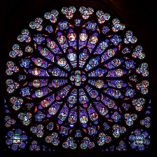 The Rose Windows of the Norte Dame, from my last time there in 2016🖤