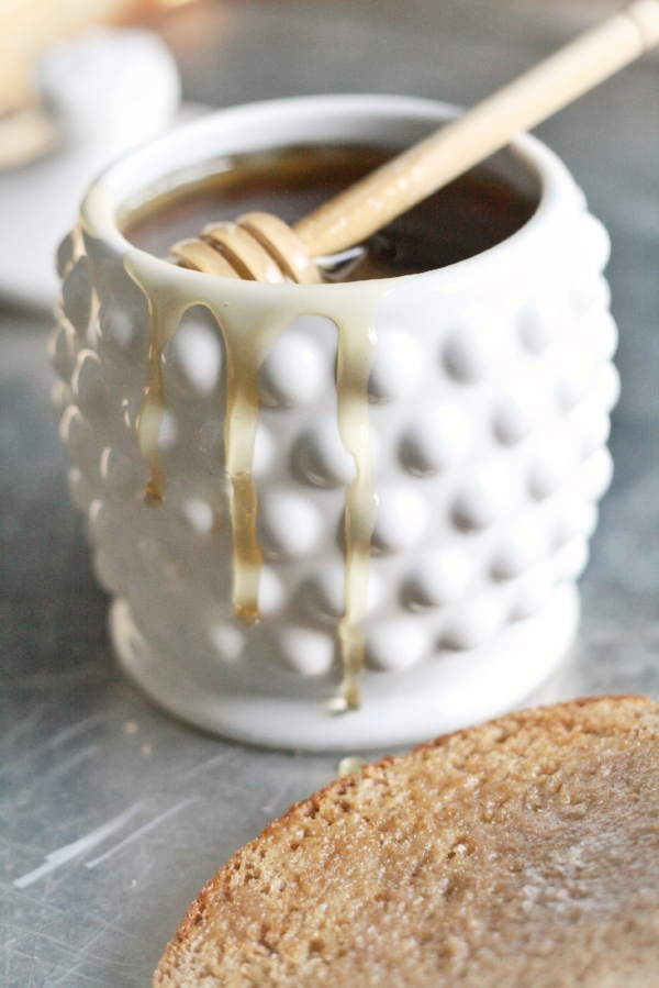 Honey Pot w/Wood Dipper from White and Fig