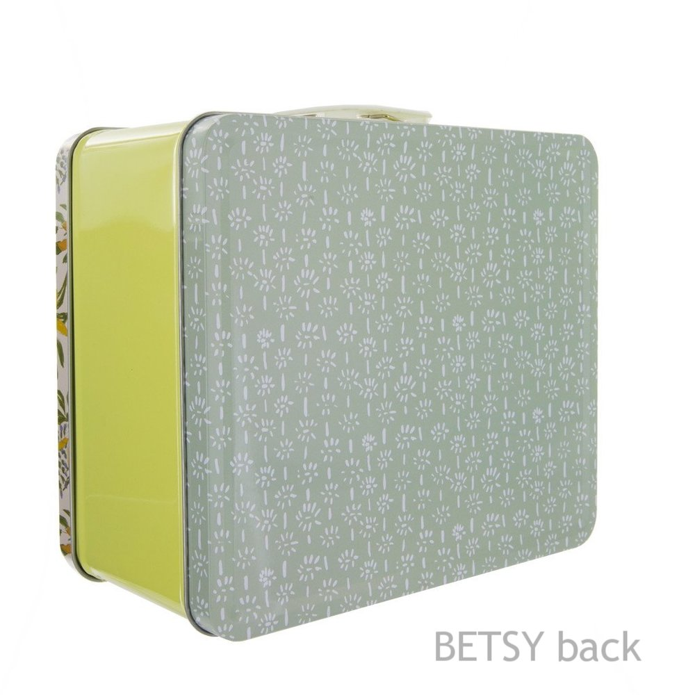 Betsy Lunchbox from White and Fig