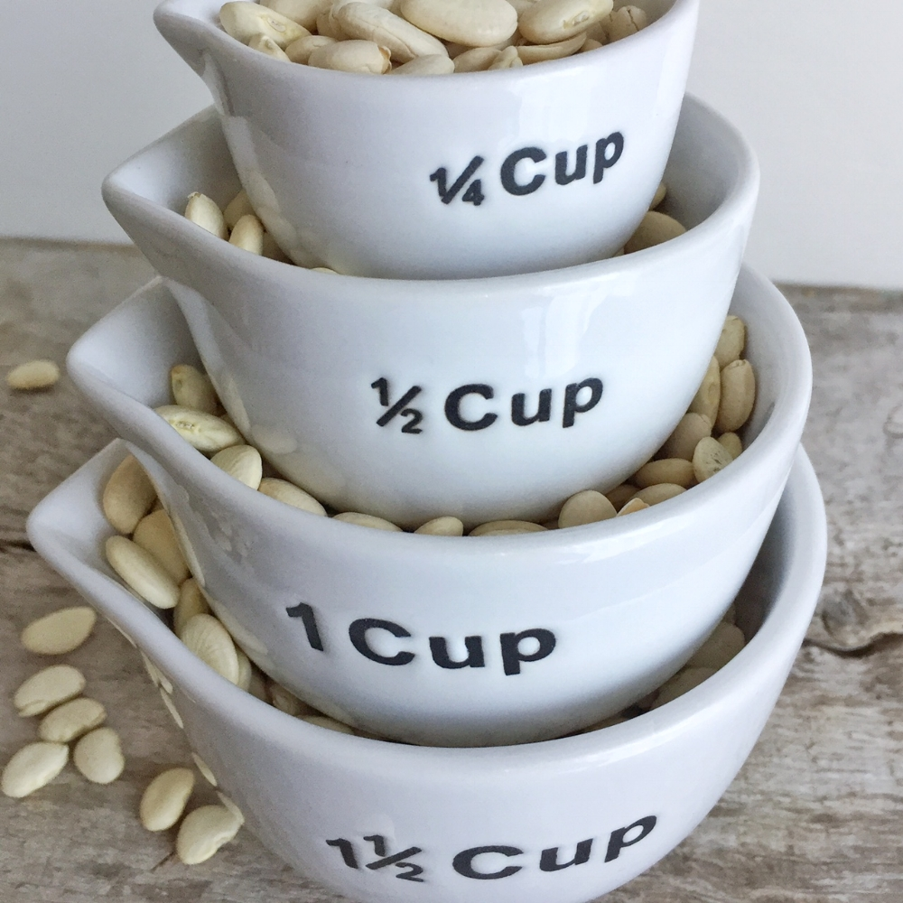 Measuring Cups from White and Fig