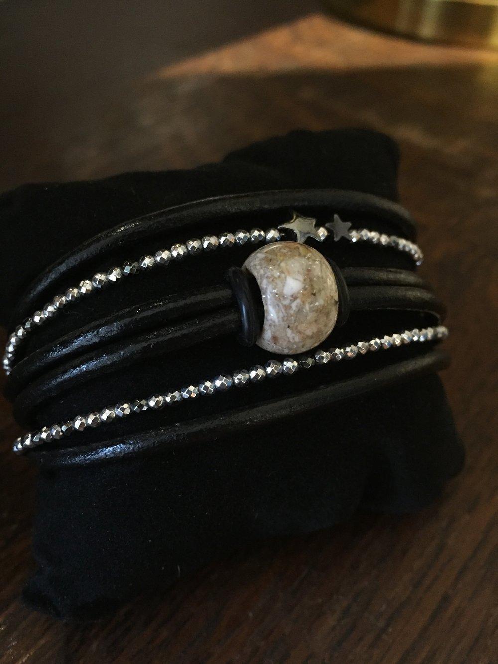 smykker med katte aske