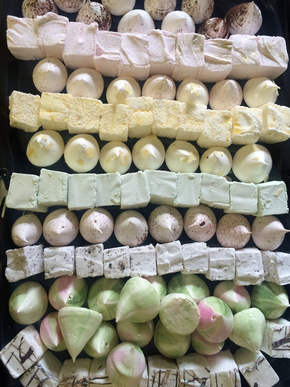 Marshmallows, Meringues, party food, wedding food