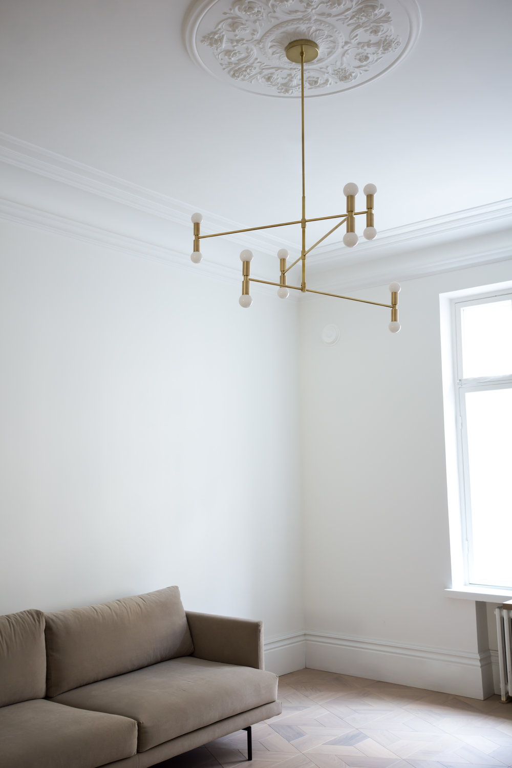 2018128Coterie-LivingroomSuspension-05771.jpg