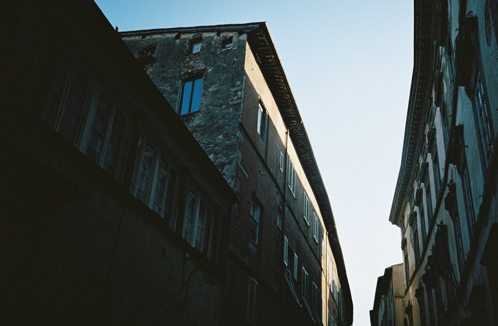 Lucca, 16