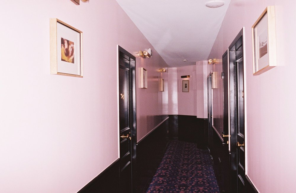 Hotel Amour, 17