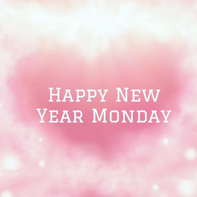 It's our first day back in the office today but we've been busy over the seasonal holidays formulating new products. More details coming soon! If it's your first day back at work today we wish you a very Happy New Year Monday and for all the days in 2019 too!  #bumblebeeconservstiontrust #organicskincare #veganuary #inspiredbythepeakdistrict #palmoilfree #peak_skincare