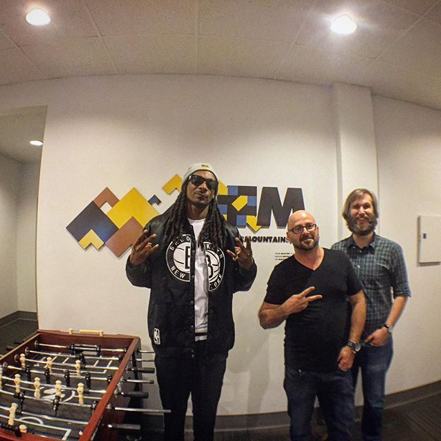 @snoopdogg in last night doing vocals at the studios! @benkaplankrunch @spencerdcarson @fadermaster #studiolife #recordingstudio #hiphop #thedoggfather #producerlife #vancity #vancitybuzz #vancouver #vancouverisawesome #compton #420