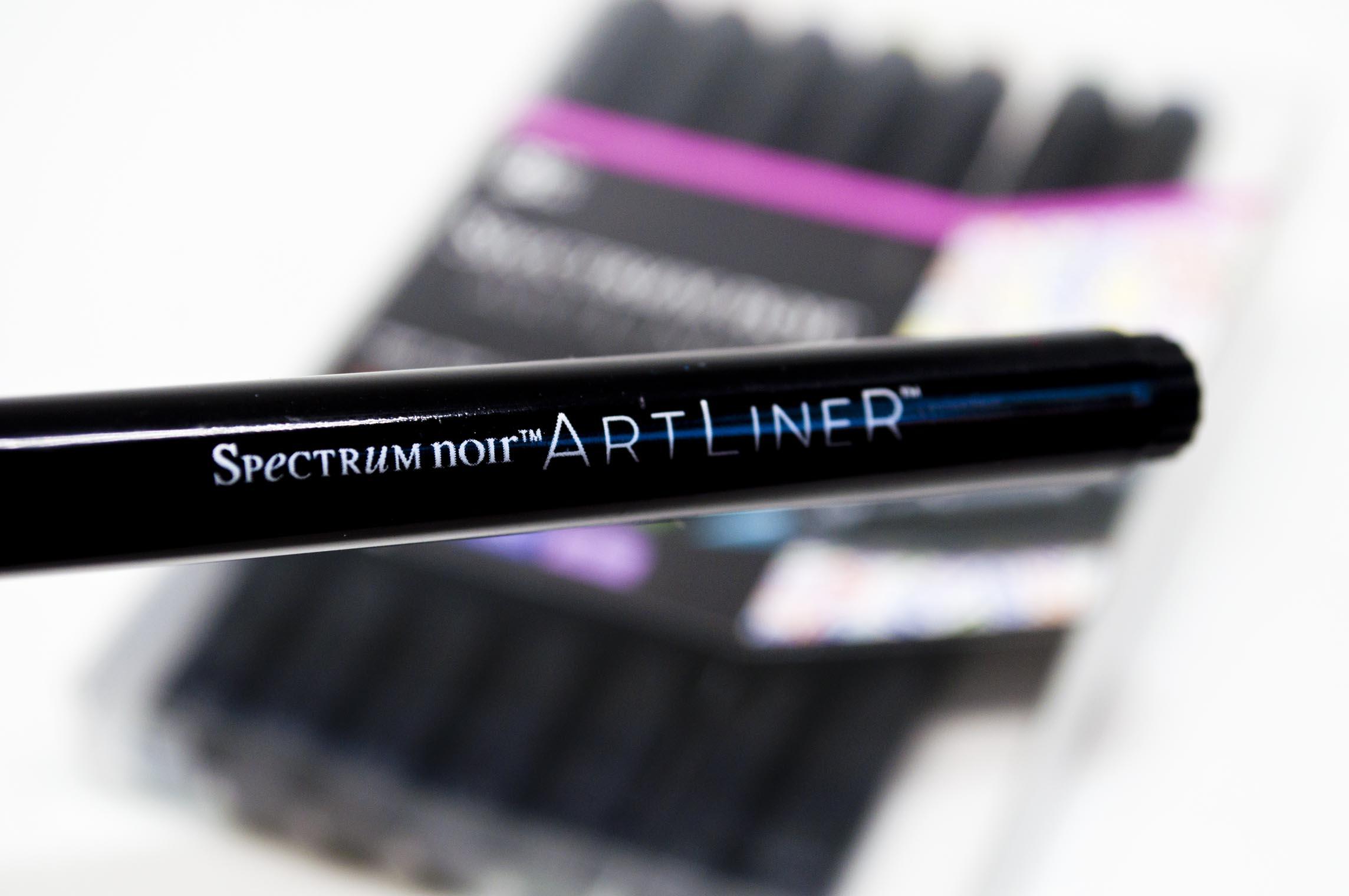 Crafters Companion Spectrum Noir Artliner Black Fine Brush 6 Pack
