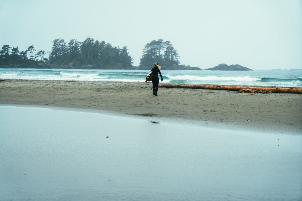 Tofino wilderness waves in Canada