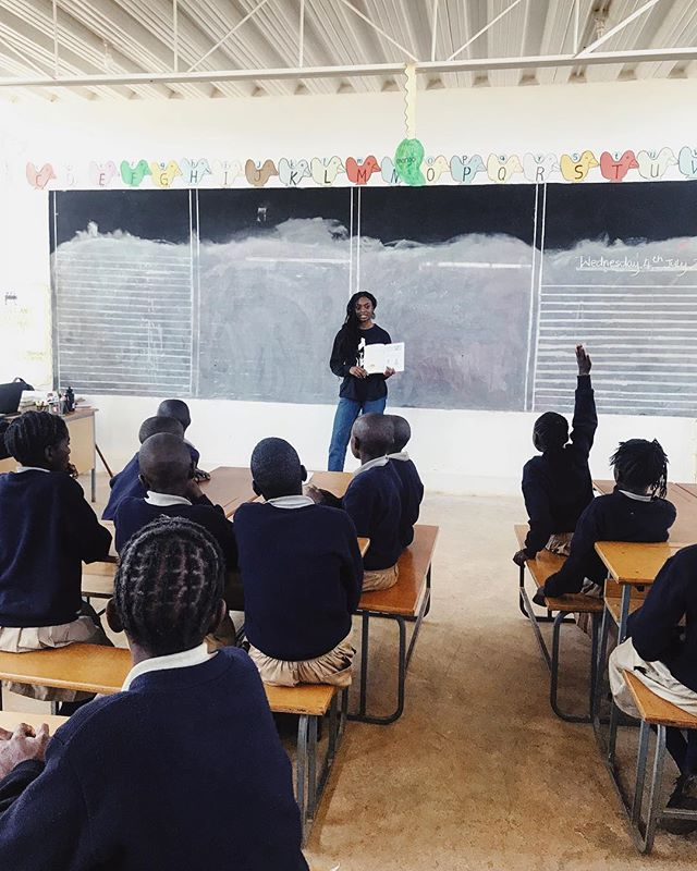 This morning at #chipakata,  teaching the grade 3 class on infectious diseases such as malaria, cholera, dysentery, common cold and the importance of staying #healthy! Fun times with some brilliant minds ✨ #zambia
