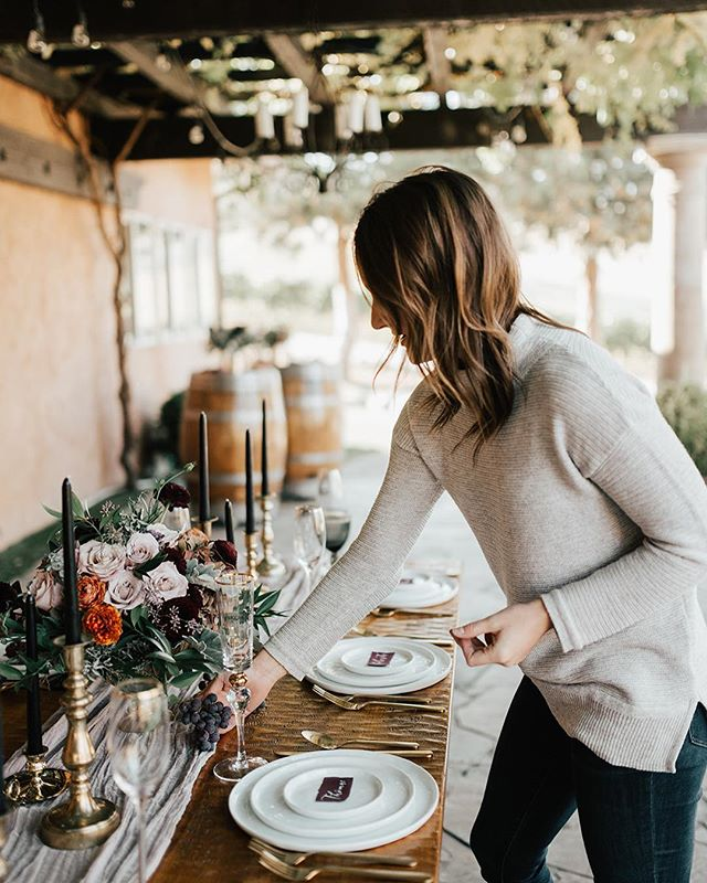 In my natural habitat.... outside on a crisp fall day, with a grape vine roof, at a winery,  setting a beautiful table scape! Thank you to all the fabulous local vendors for making this styled shoot happen.  Venue: @tsillancellars  Photo: @svetlanasauerphoto Floral: @chelan_floral  Rentals: @balancingballoons  Print: @chalkchicmama  Hair+makeup: @chelanglam