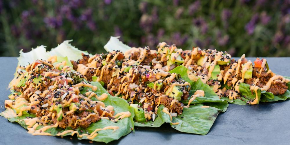Jay's exquisitie smoked pecan tacos.