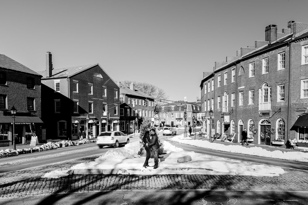 wide engagement photo downtown newburyport