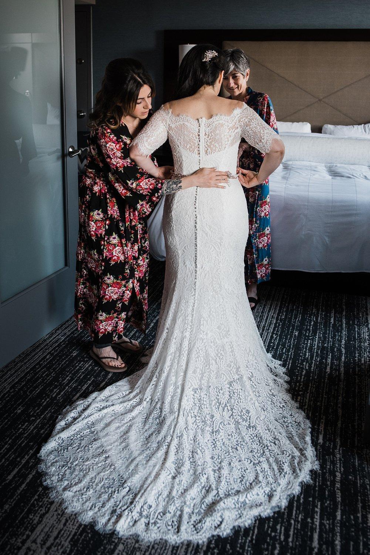 new york bride getting ready