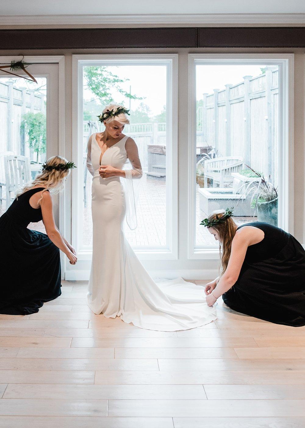 bride getting ready interlaken inn ct