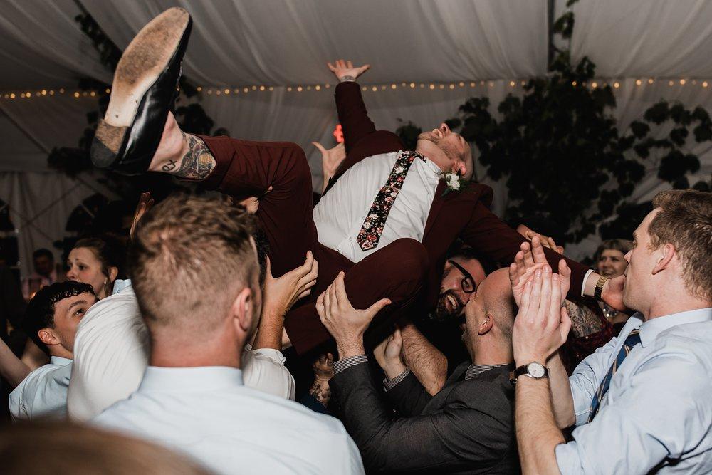 groom in air reception
