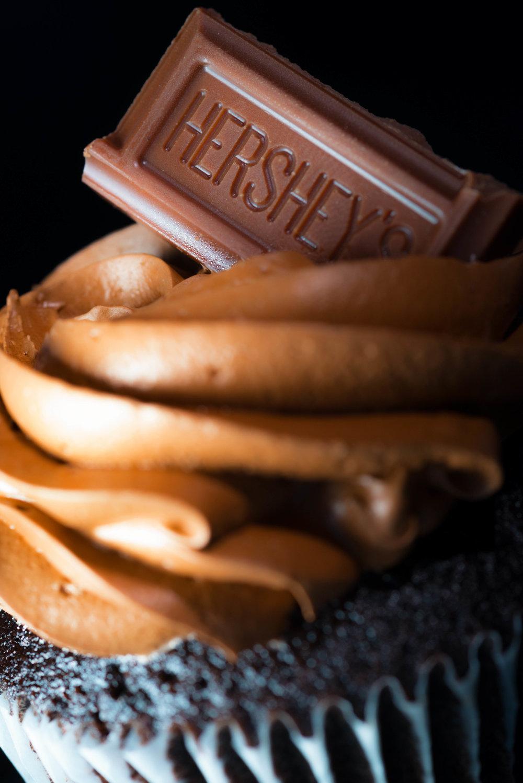 Cupcakes-2sm.jpg