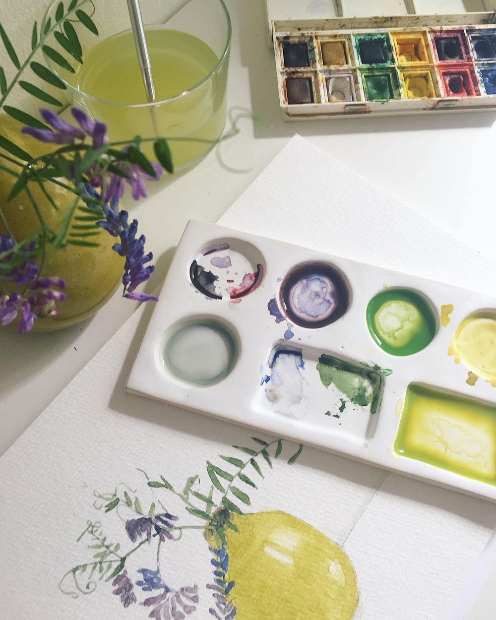 Watercolor illustration and handmade ceramic watercolor tray