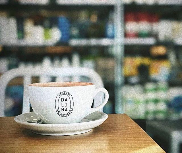 Coffee makes the world go round. 📸: @foodandwhatnotblog
