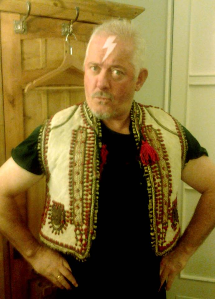 Jon Langford  -Founding member of the Mekons, Three Johns and Waco Brothers. Jon paints and plays music in Chicago.