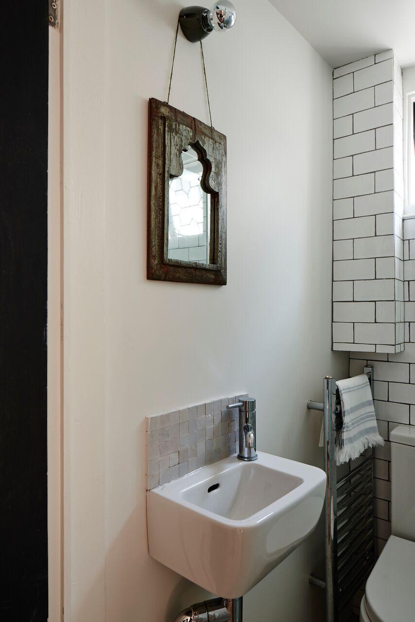 cassandra-ellis-peckham-house-bathroom-1.jpg