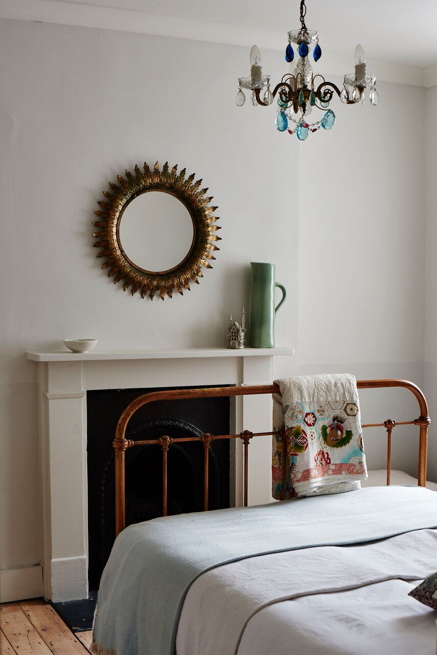 cassandra-ellis-peckham-house-bedroom-2.jpg