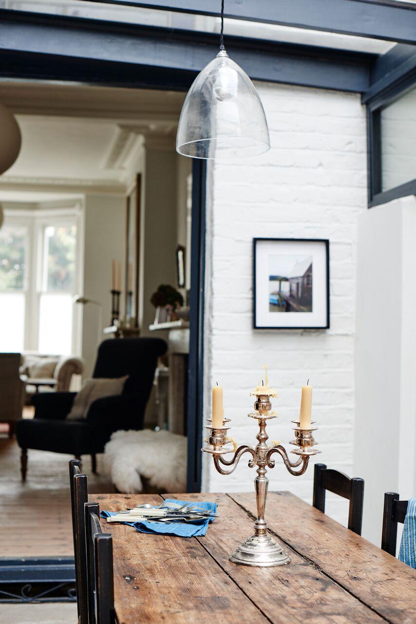 cassandra-ellis-peckham-house-dining-room-glass-light.jpg