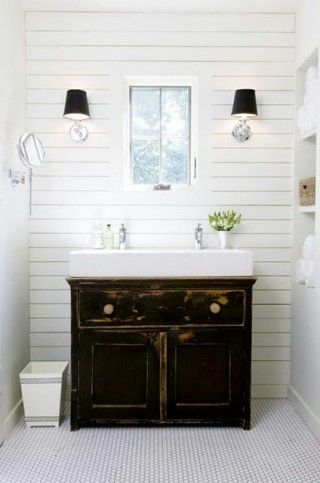 Sundling Studio - Thoughts on Shiplap - White Bath 1.jpg