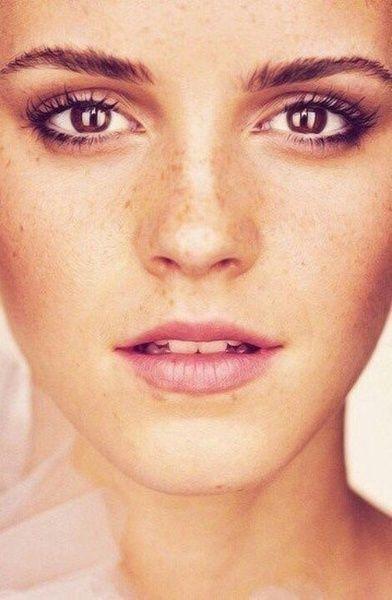 Sundling Studio - Pins of the Week - Eyebrows + Freckles.jpg
