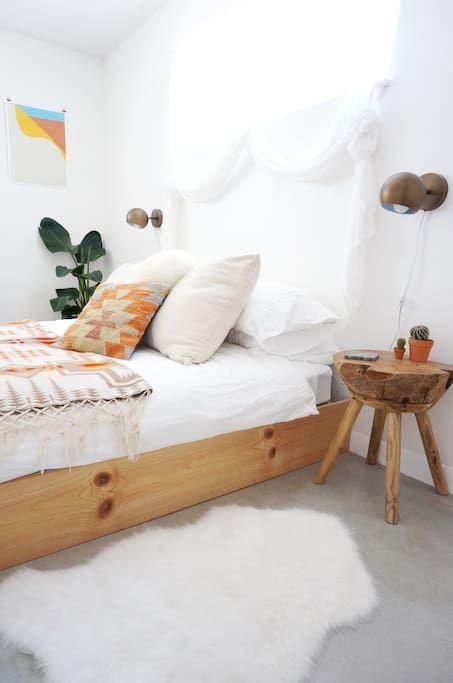 Sundling Studio_Casa Joshua Tree_Bedroom Side Table.jpg