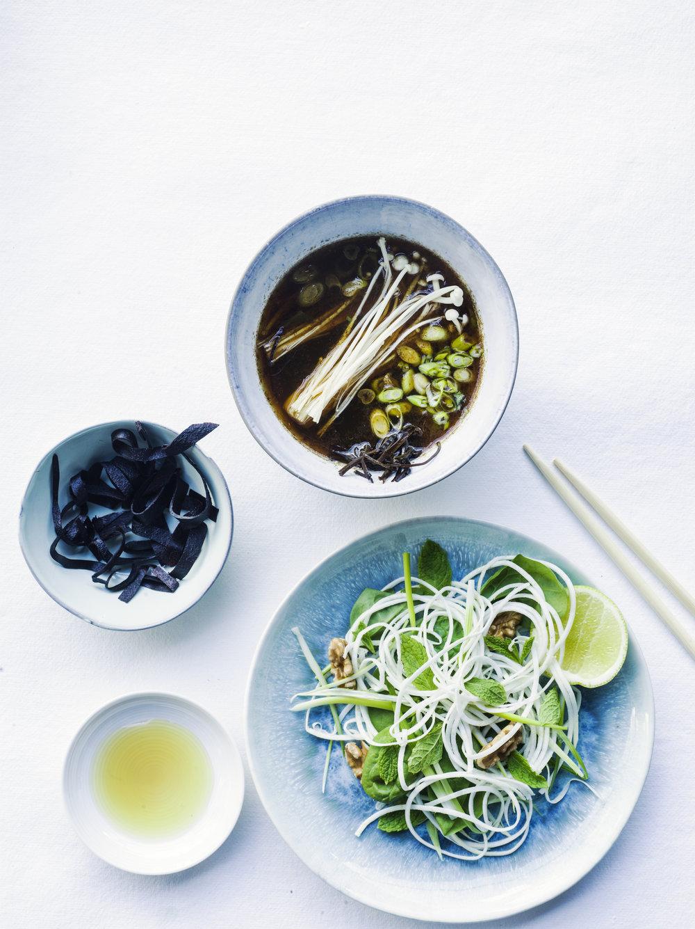 HH Pavillion Raw Food Raw Noodle Soup 001.jpg