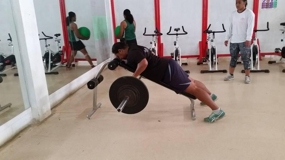 womens bench pull.jpg