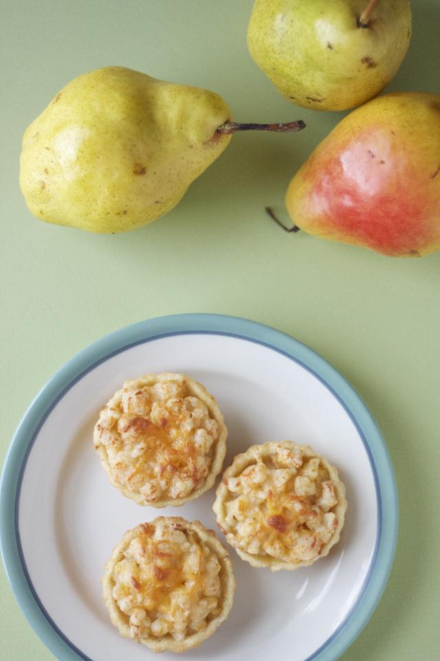 cheddar-pear-tart8.jpg