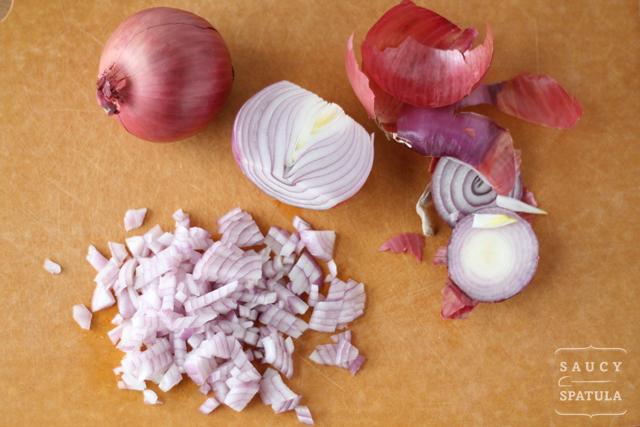 cheeseburger-egg-rolls-onion.jpg