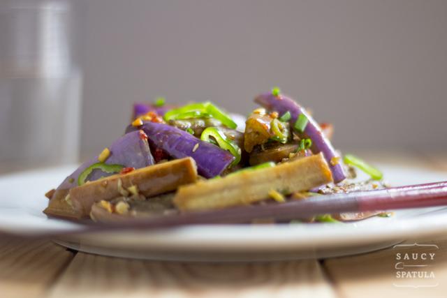 chinese-eggplant-spicy-garlic-sauce-2.jpg