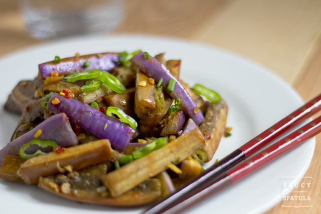 chinese-eggplant-spicy-garlic-sauce-4.jpg