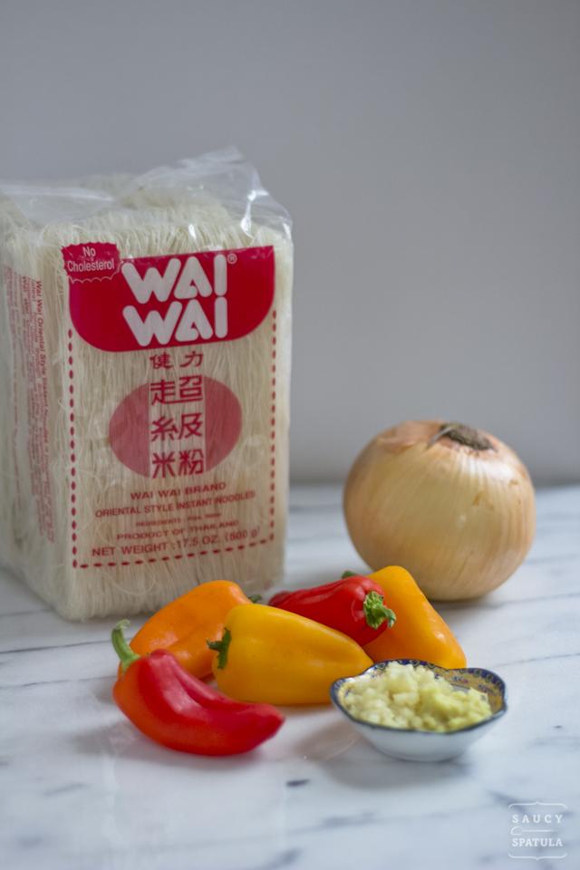 singapore-style-rice-vermicelli-ingredients-1.jpg