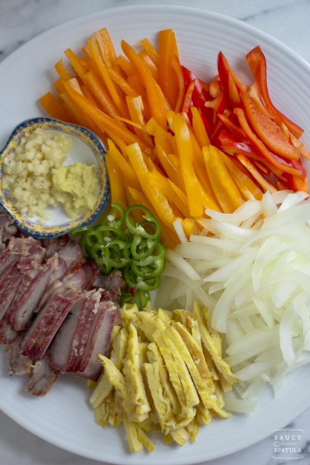 singapore-style-rice-vermicelli-ingredients.jpg