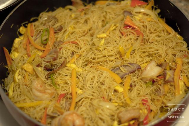 singapore-style-rice-vermicelli-stirfry.jpg